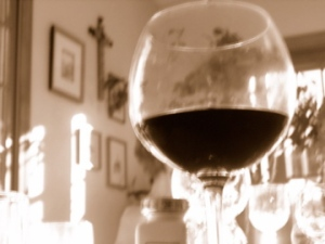 blurry-sepia-wine00013
